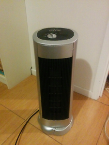 Omega Altise Ceramic Oscillating Heater Hoppers Crossing Wyndham Area Preview