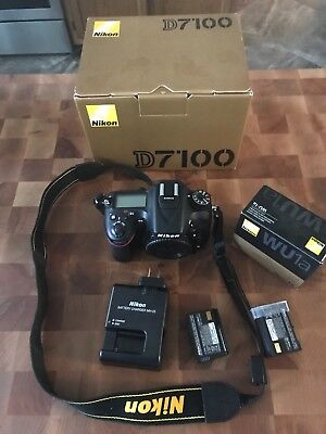 Nikon D7100 body with 2 batteries and charger