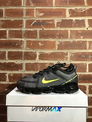NIKE AIR VAPORMAX 2019 BLACK VOLT UK9 US10 EUR44 CI6400 001 DEADSTOCK