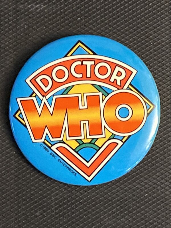 """DOCTOR WHO pinback button 2.25"""" (new old stock) 1980 BBC Enterprises"""