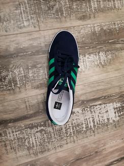 New Adidas Sneakers Us8 Northcote Darebin Area Preview