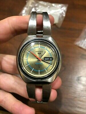 """Vintage Seiko """"5"""" SPORTS Automatic Watch - 6119-8130 - 21J Extremely Clean"""