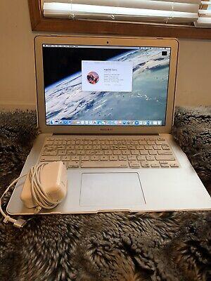 """2015 Apple MacBook Air 13.3"""" 8 Gb Ram 128 Gb Case + Keyboard Cover Bundle"""