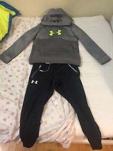 UNDER ARMOUR  SWEATER & PANTS  SELLING FOR PAIRED / VESTS  SIZE