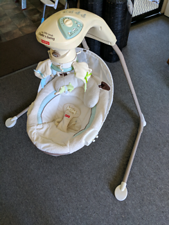 My little Lamb cradle and swing good condition