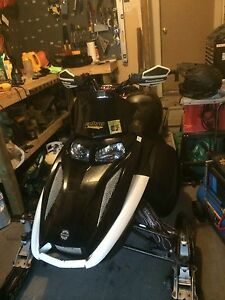 PARTING OUT 2003 ski doo mxz 600 rev
