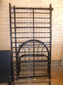 Pipeline Single Bed & Trundle