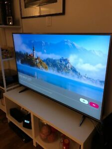 LG Tv in mint condition 55UH6150