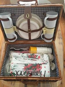 Picnic Basket (fitted) Daceyville Botany Bay Area Preview