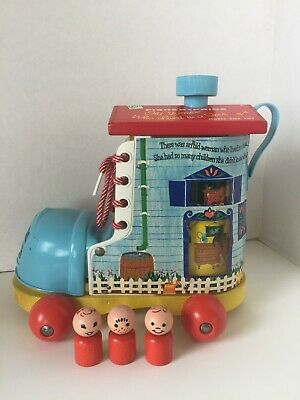 Vintage Fisher-Price Little People #991 Music Box Lacing Shoe COMPLETE with Box