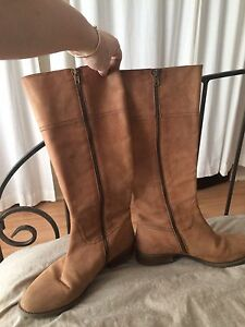 J Crew brown leather boots hardly worn