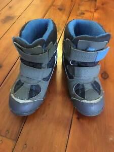 Kids Snow Boots (size 12-13?)