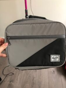 Herschel lunchbox