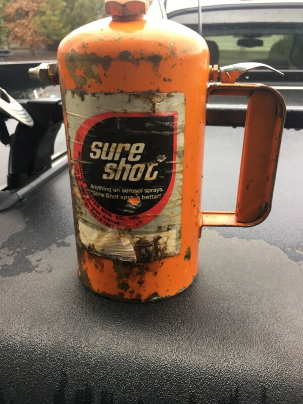 Milwaukee Sureshot spray can  32 oz