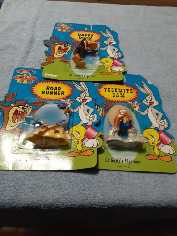 1994 LOONEY TUNES COLLECTIBLE FIGURINES LOT by TYCO