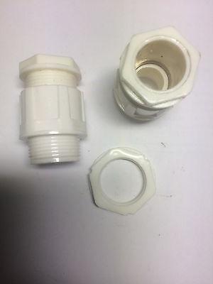 10 Stück Verschraubung  Kabelverschraubung PG 16 weis / Gegenmutter