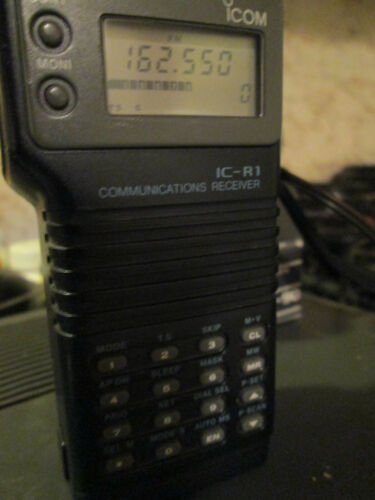 Icom IC-R1 Communications Receiver Scanner