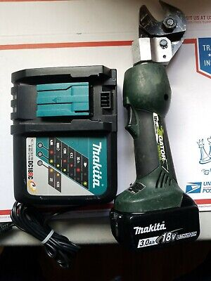 Greenlee Gator Es20l Battery Powered Ascr Cutter Cordless Cable Cutter