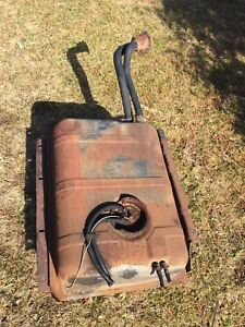 Jeep CJ7 fuel tank