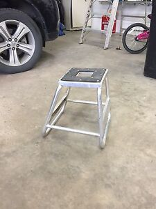 Motorcycle stand aluminum