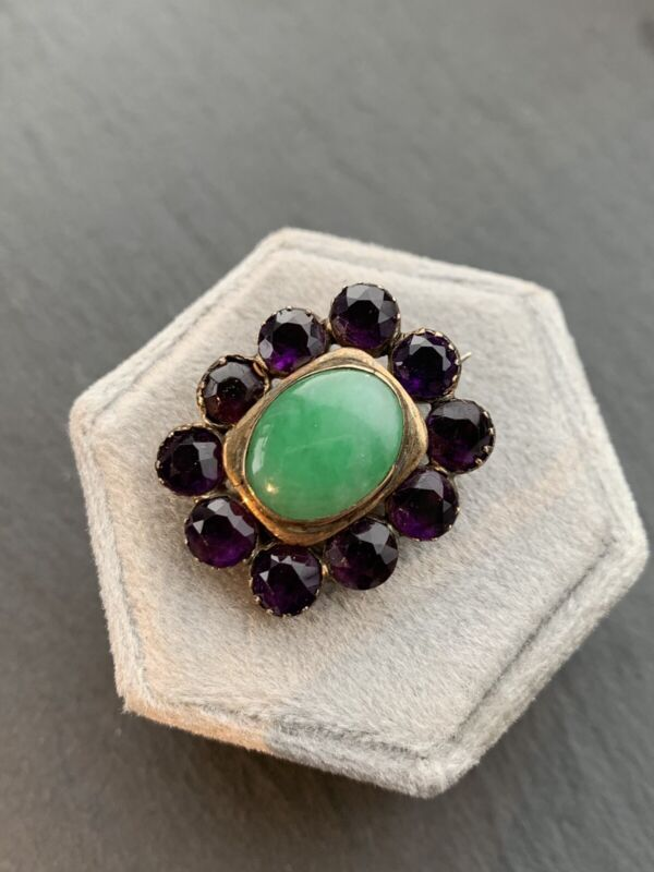 Antique Yellow Gold Jade and Amethyst Brooch