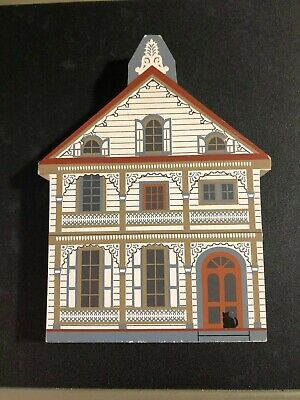 GINGERBREAD HOUSE 28 Gurney CAT'S MEOW Wooden Shelf Sitter 1996 Cape May NJ