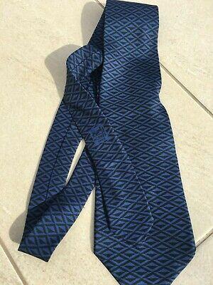 Originale et ancienne cravate