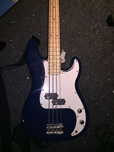 Barracuda bass with upgraded emg select pickup