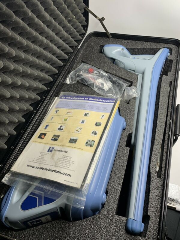 Radiodetection Locator Wand Model RD4000 and Transmitter ModeI RD4000