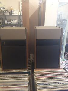 Just in at Penns Antiques a set of Bose 301 speakers