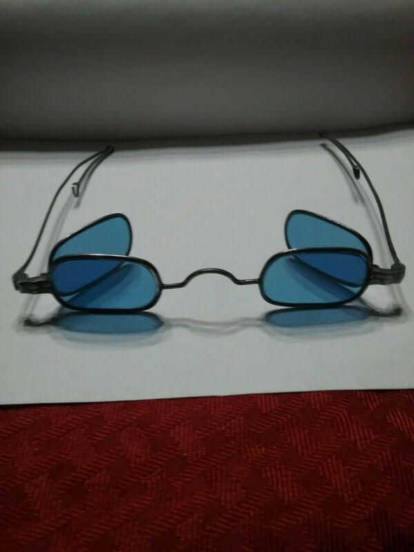 Eyeglasses Pre Civil War Era 4 Blue Oval Lens in Case