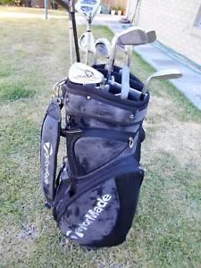 Mens RH 12 pce Golf Clubs, 'Taylor Made' Bag