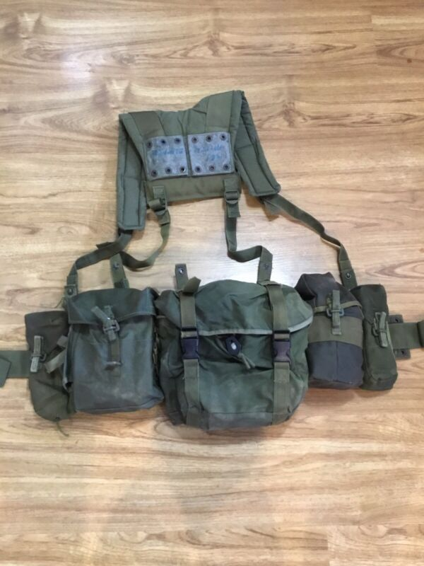 1982 PATTERN CANADIAN MILITARY WEBBING SET