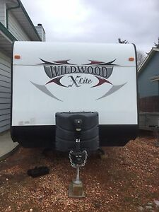 2014 wildwood xlite     Rear  living room