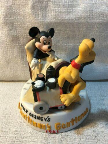 Disney Cartoon Classics A Gentlemans Gentleman Mickey Pluto Porcelain Figurine