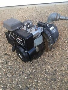 Pacer water pump and 5 horse briggs and stratton