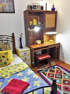 Beautiful Room/Home_Walk 2 shops+CBD_Best Value/Location