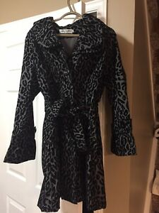 Ladies cute animal print fall coat size med