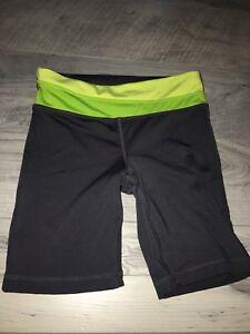Girls's athletic shorts