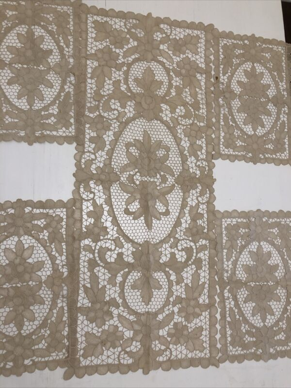Stunning Rare Antique Belgian Zele Needle Lace Runner And 4 Placemats