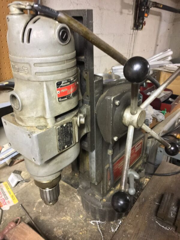 "HEAVY DUTY GAMAG Milwaukee Magnetic Drill Press 1/2"" Chuck Capacity Geared Head"