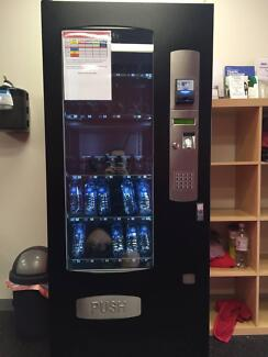 Sorrento WVC3000 Small Combination Vending Machine (18 Months Old Strathmore Moonee Valley Preview