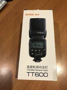 Godox Flash TT600