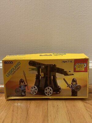 LEGO LEGOLAND Castle System Catapult Set #6030 NISB (Damaged Box)