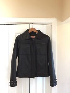 Ladies Black Leather Jacket -Parasuco