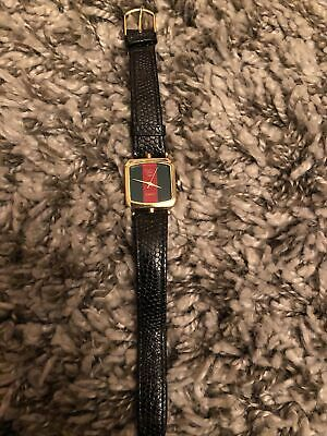 VINTAGE GUCCI LADIES QUARTZ WATCH - TRI-STRIPE FACE