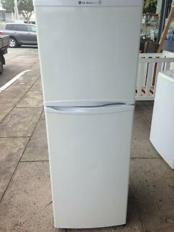 Fridge LG 234L works in order and is in good condition