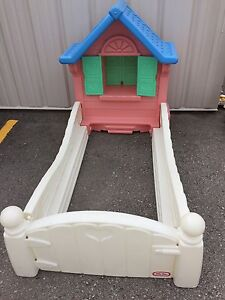 Little tikes girl's cottage toddler bed