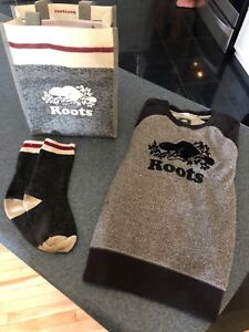 Youth roots long sleeve sweatshirt size large and roots socks