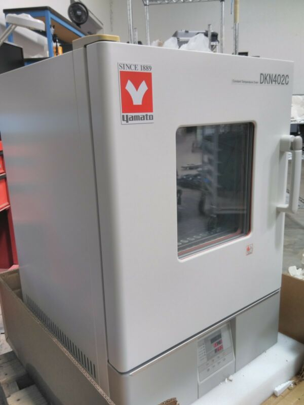 Yamato DKN402C Programmable Mechanical Constant Temperature Convection Oven
